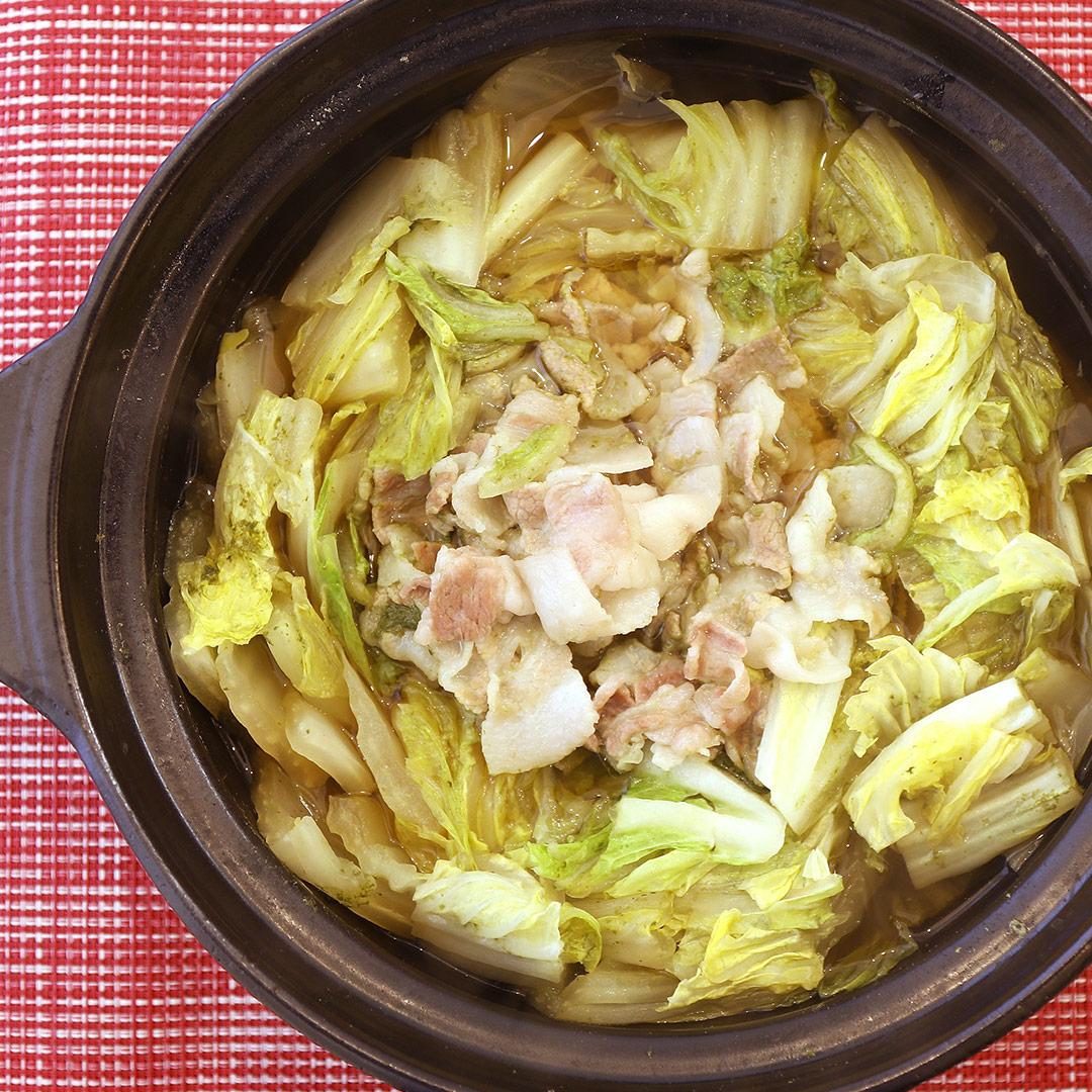 斉藤さん家の豚バラと白菜のかんたんお鍋