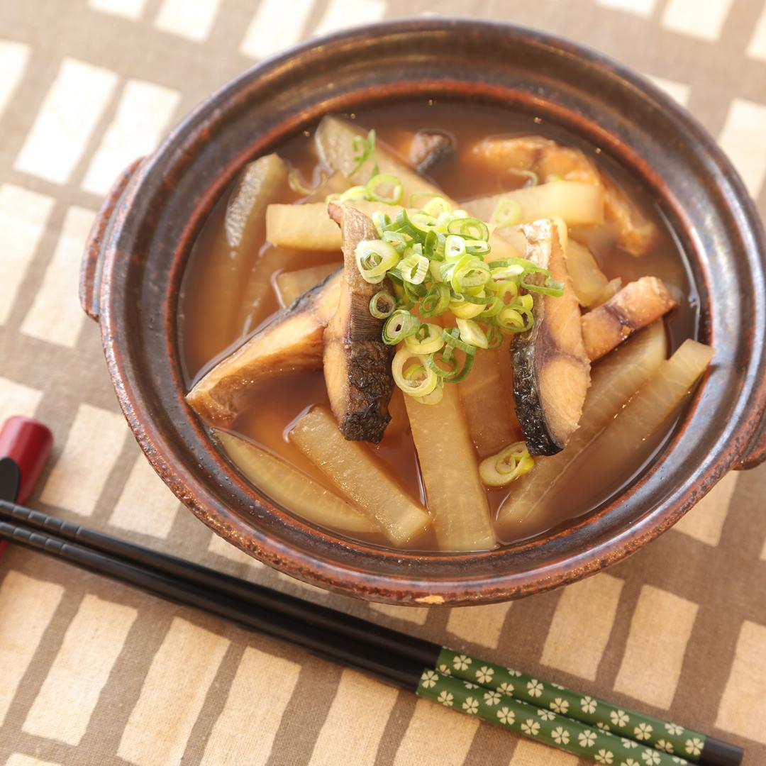 森崎さん家の焼きサバと大根のあっさり煮