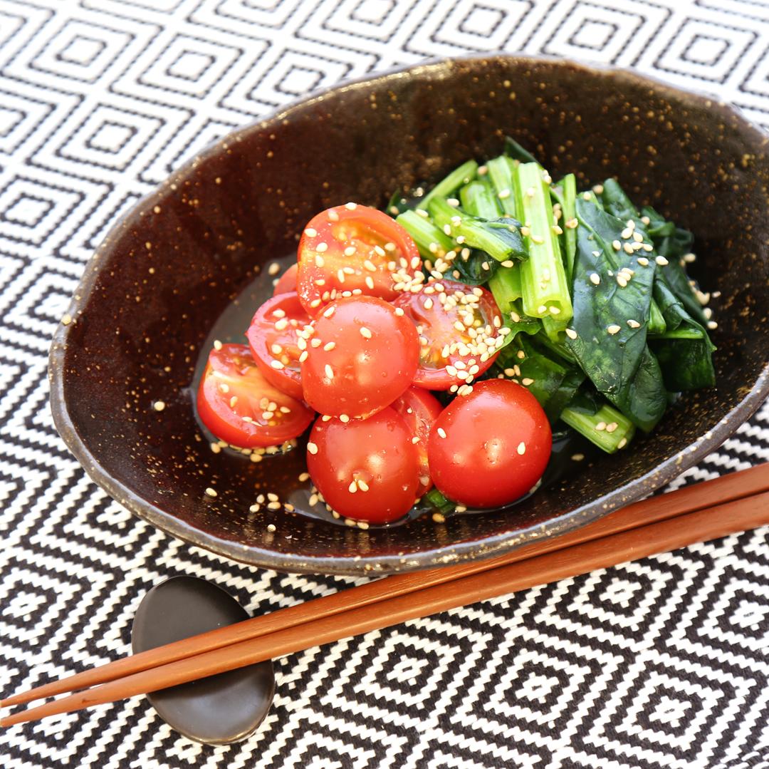 和田さん家のほうれん草とミニトマトのナムル