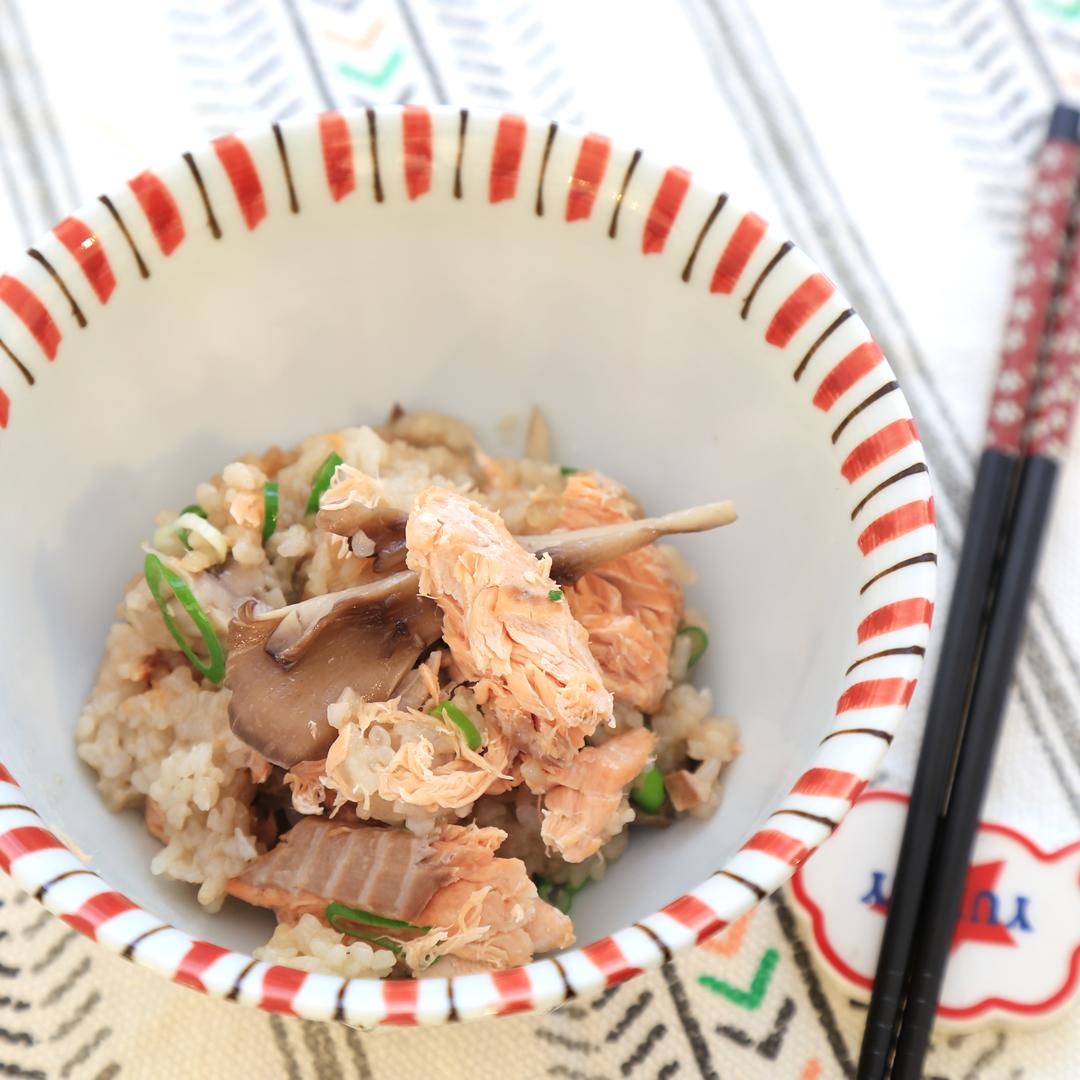 佐々木さん家の鮭と舞茸の炊き込みご飯