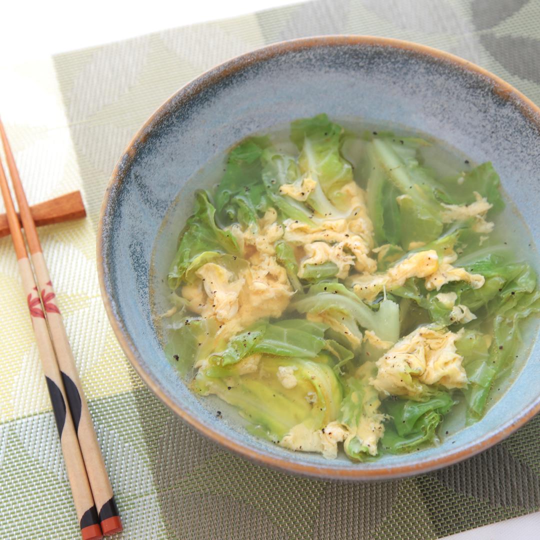 徳田さん家の春キャベツとたまごのスープ