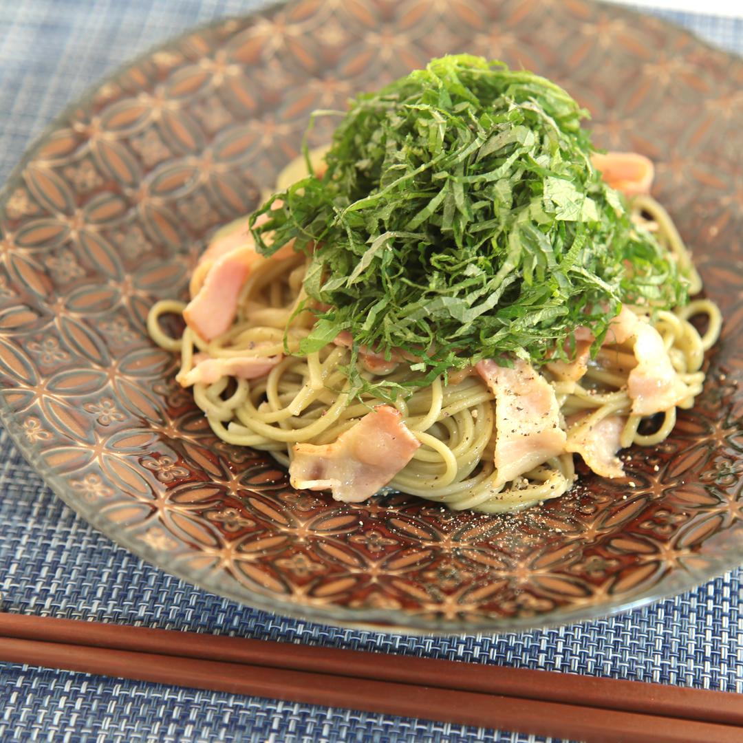 河村さん家の大葉とベーコンの和風麺